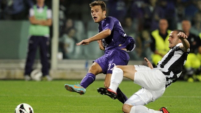 Fiorentina stand firm to hold Juventus