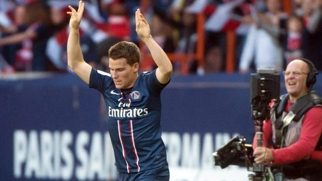 PSG win as Gameiro guns down Sochaux