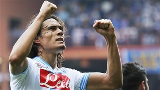 Cavani delivers as Napoli see off Sampdoria
