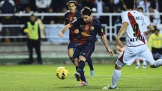 Milestones for Messi and Xavi in Barcelona win