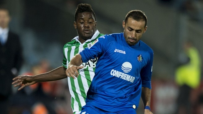 Joel Campbell (Real Betis Balompié) & Diego Castro (Getafe CF)