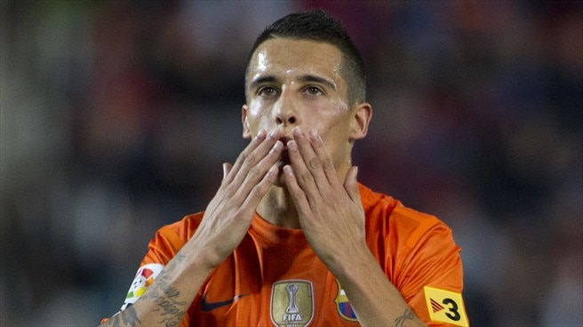 Tello ends uncertainty with new Barcelona deal