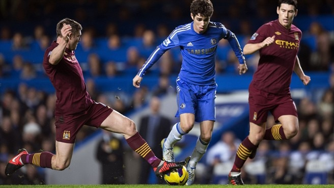 Oscar (Chelsea FC) & Gareth Barry & James Milner (Manchester City FC)
