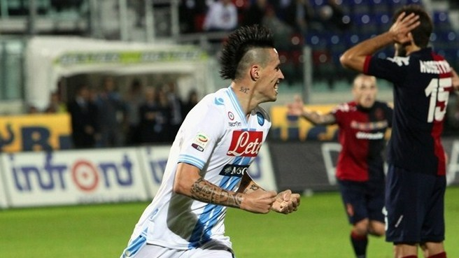 Napoli go second with Cagliari scalp