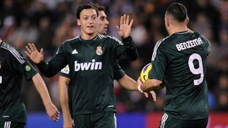 Two-goal Özil seals comeback win for Madrid