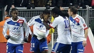 Lyon show steel to edge derby at St-Étienne