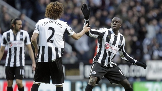 Demba Ba & Fabricio Coloccini (Newcastle United FC)