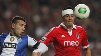 Porto and Benfica look to land decisive blow