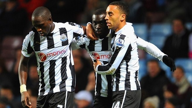 Papiss Cissé & Moussa Sissoko & James Perch (Newcastle United FC)