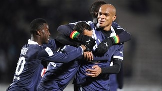 Ligue 1 pursuers close gap on top three