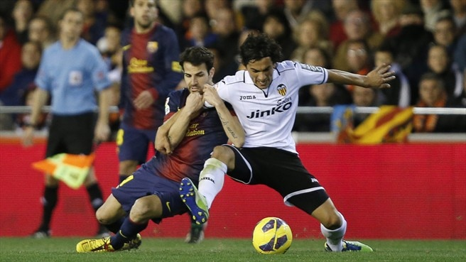 Barcelona find no way past valiant Valencia