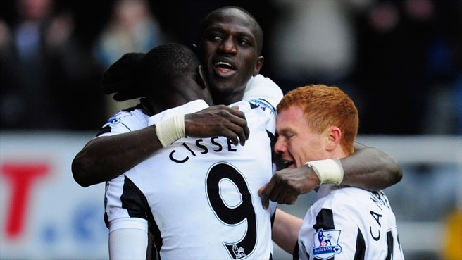 Adam Campbell , Papiss Cissé & Moussa Sissoko (Newcastle United FC)
