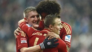 Bayern on title brink, PSG stretch lead