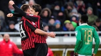 Top-four hopefuls Eintracht fell Fürth