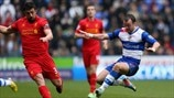 José Enrique (Liverpool FC) & Noel Hunt (Reading FC)