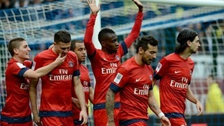 PSG, Barça and United continue title march