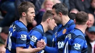 United edge closer to Premier League title