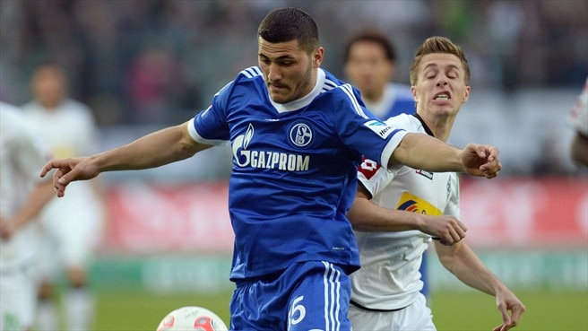 Schalke keep hold of defender Kolasinac