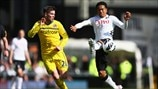 Danny Guthrie (Reading FC) & Urby Emanuelson (Fulham FC)