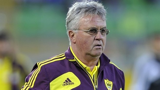 Hiddink signs new deal at Anji