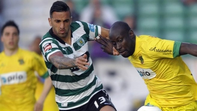 Lyon take Miguel Lopes on loan from Sporting