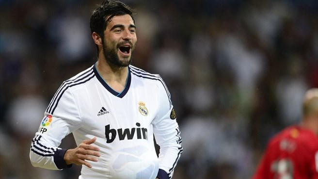 Napoli take Spain defender Albiol from Madrid