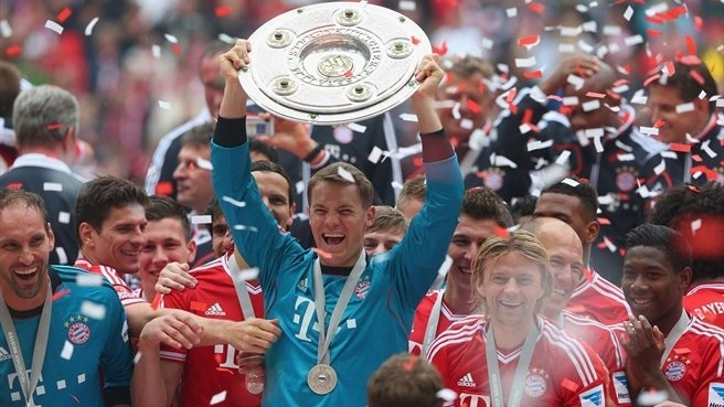 Bayern eye Wembley date amid title party