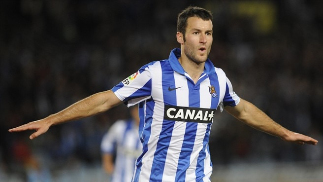 Sociedad win to stay on course for fourth