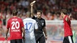 Referee Felix Brych & Jefferson Farfán (FC Schalke 04)