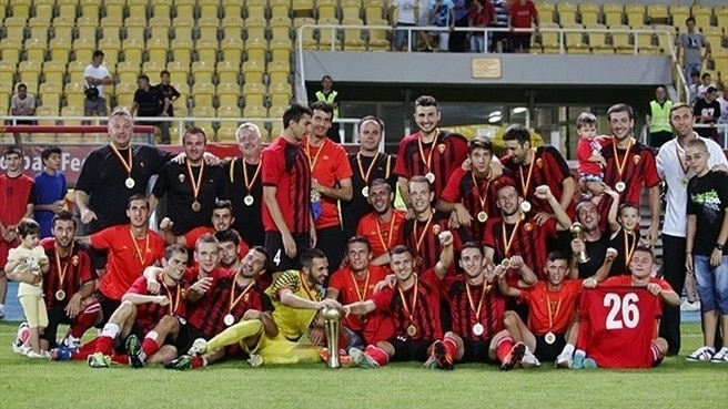 Vardar set out their stall with Super Cup win