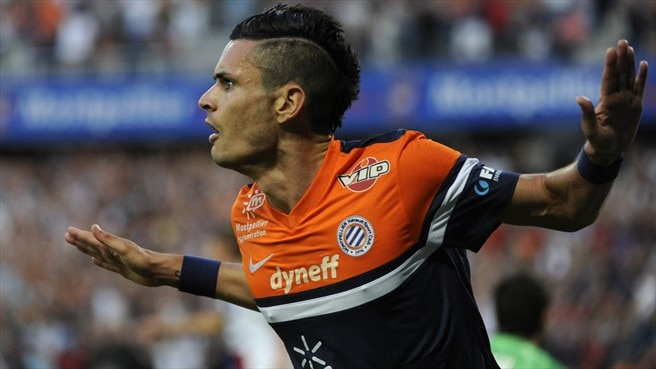 Ten-man Montpellier hold PSG in season opener