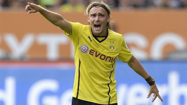 Dortmund defender Schmelzer out for three weeks