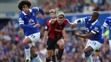 James Morrison (West Bromwich Albion FC) & Marouane Fellaini, Sylvain Distin (Everton FC)