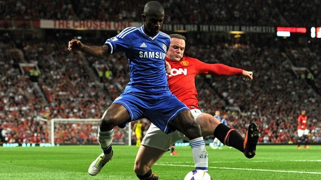 Ramires (Chelsea FC) & Wayne Rooney (Manchester United FC)