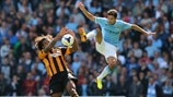 Jesús Navas (Manchester City FC) & Tom Huddlestone (Hull City AFC)