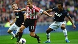 Tom Cleverley & Nani (Manchester United FC) & Lee Cattermole (Sunderland AFC)