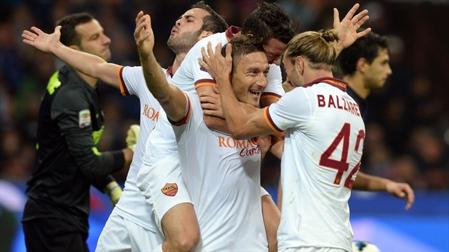 Totti shines as Roma continue run at Inter