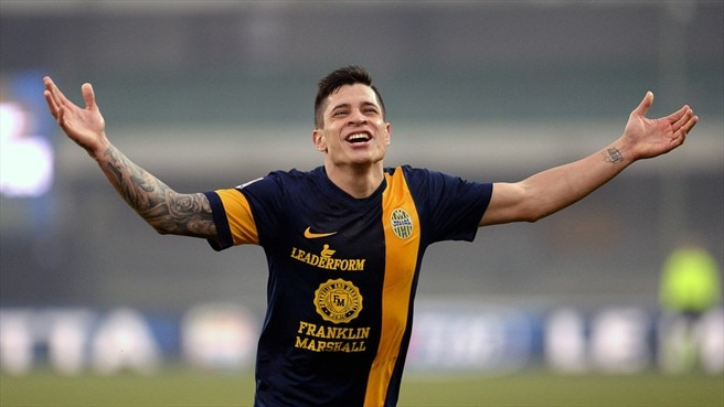 Roma complete signing of Verona's Iturbe
