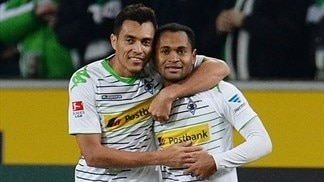 Mönchengladbach move up to third