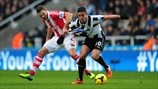 Hatem Ben Arfa (Newcastle United FC) & Erik Pieters (Stoke City FC)