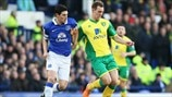 Gareth Barry (Everton FC) & Steven Whittaker (Norwich City FC)