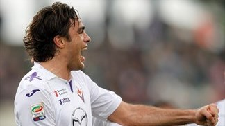Matri fires Fiorentina to victory, Napoli frustrated