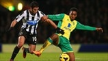 Hatem Ben Arfa (Newcastle United FC) & Leroy Fer (Norwich City FC)