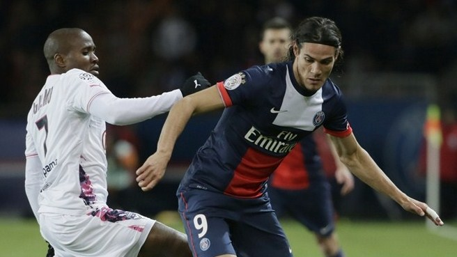 Paris' Cavani struggling for Leverkusen trip