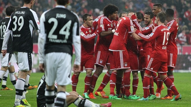 Bayern win again to restore 13-point cushion