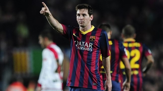 Messi sets new record as Barcelona hit six