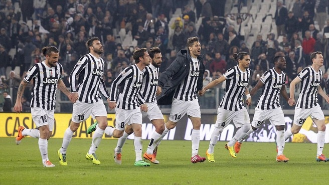 Juventus players celebrate