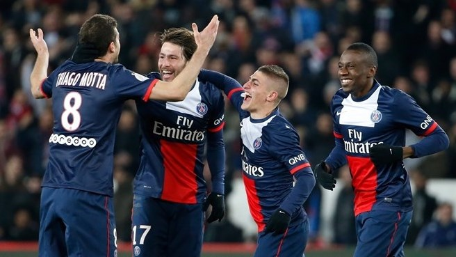 Paris sink Marseille to stretch lead