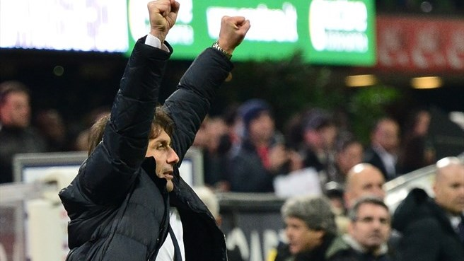 Juventus coach Conte wins second Golden Bench