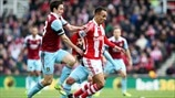 Stewart Downing (West Ham United FC) & Peter Odemwingie (Stoke City FC)